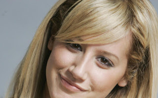 Celebrity Ashley Tisdale Desktop Wallpapers Gallery