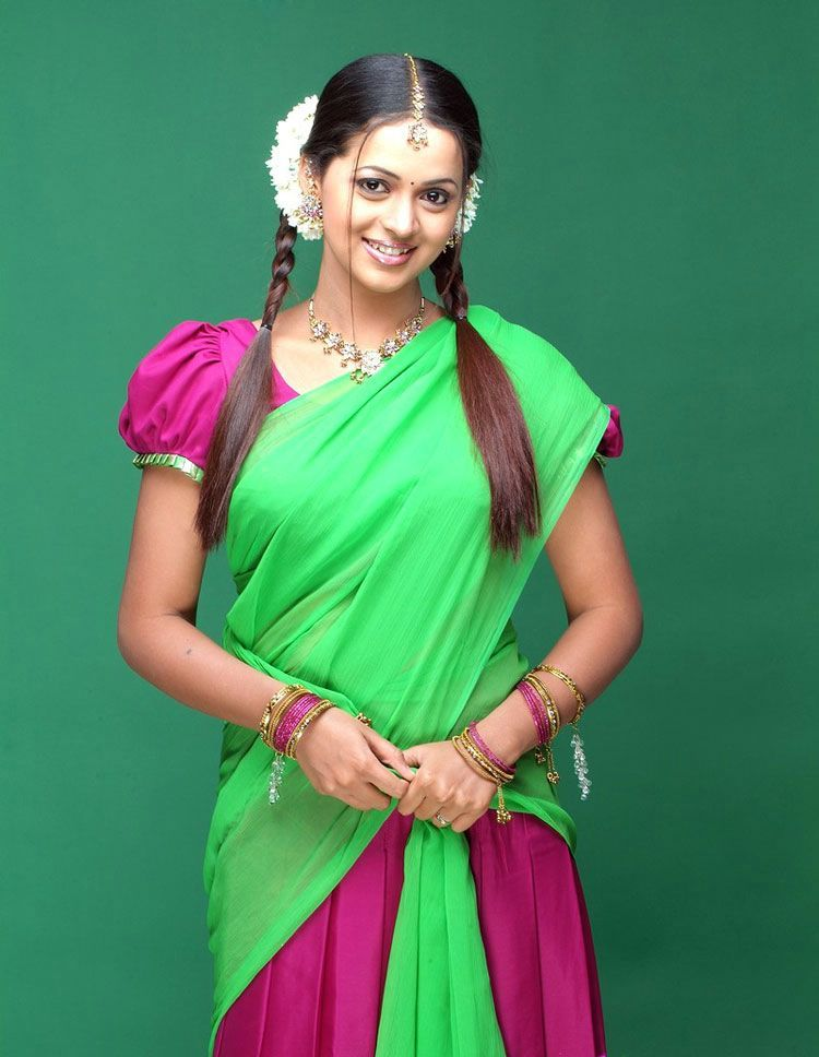 Bhavana Latest Gorgeous In Half Saree Photo Gallery Stills Photoshoot images