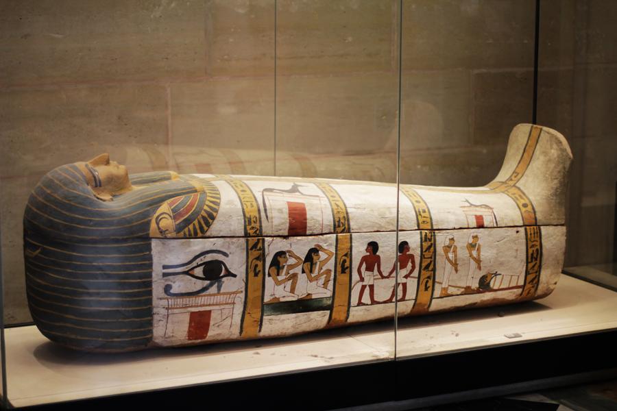 paris mumie louvre museum