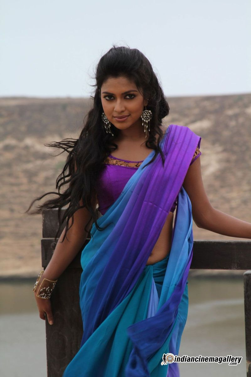 amala paul latest hot navel show photos in saree from vikram dada