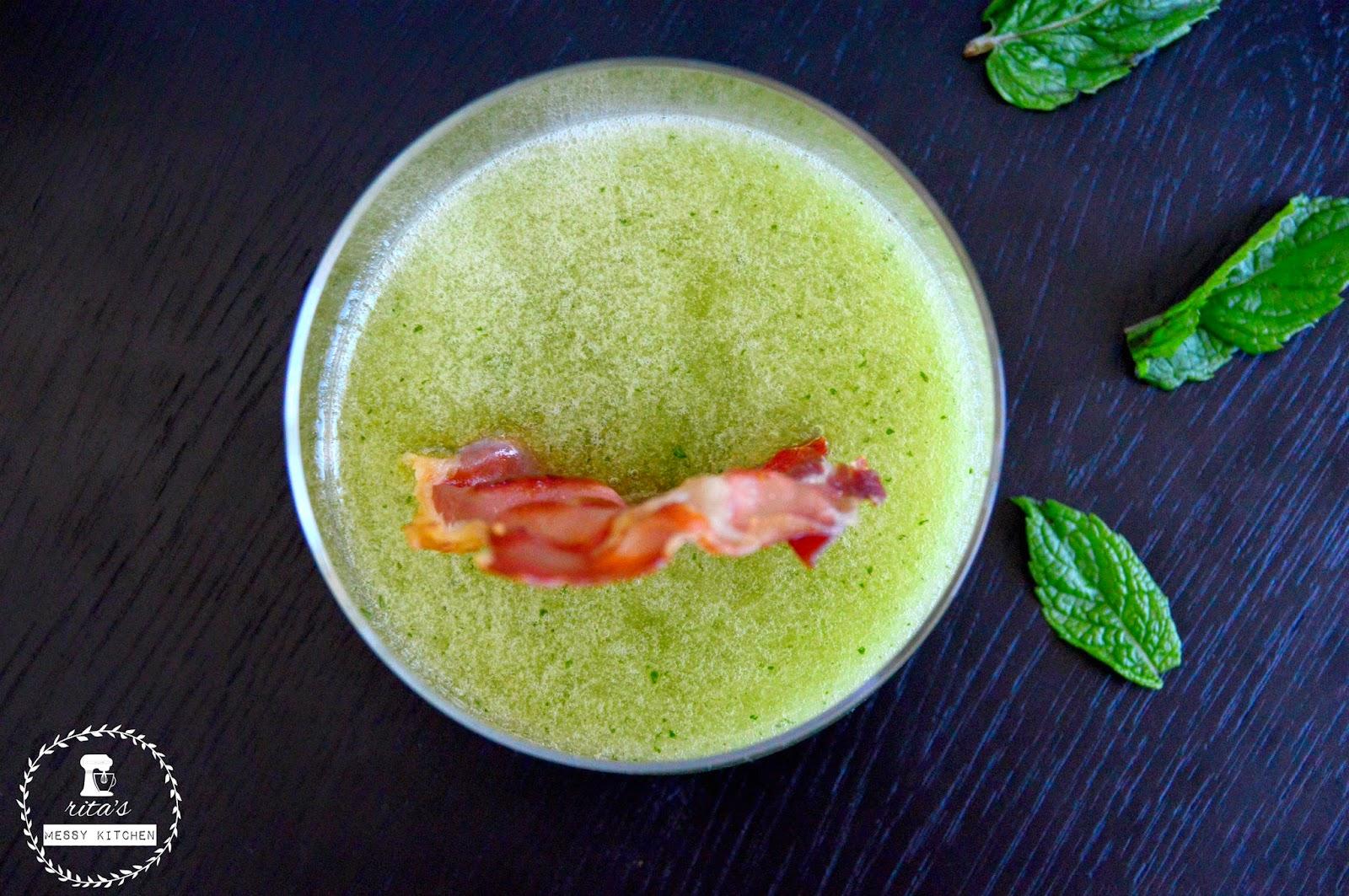Sopa de Meloa e Presunto Crocante by Rita's Messy Kitchen