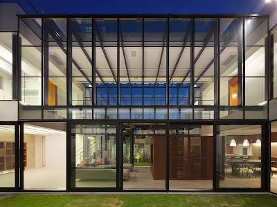 Rumah Modern Ala Jepang 18