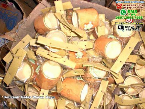 Souvenir Gelas Warna Kayu Clay Jogja