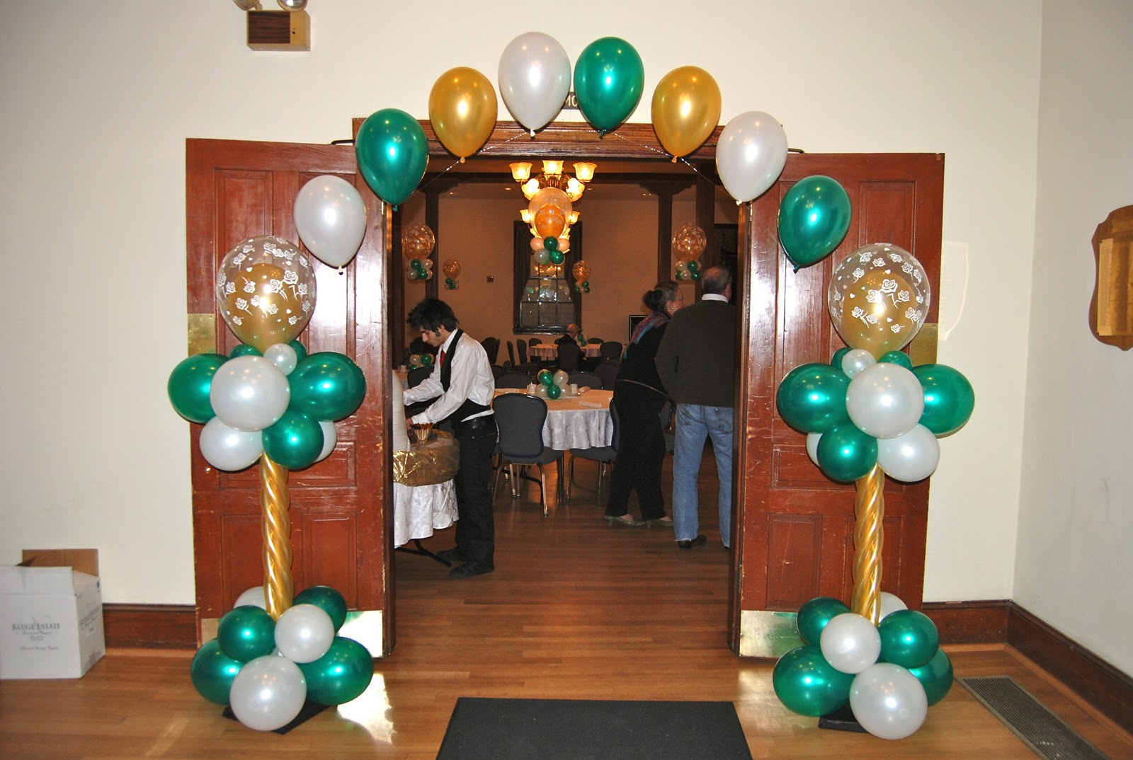 catherine 39 s 50th birthday party old town hall balloon. Black Bedroom Furniture Sets. Home Design Ideas