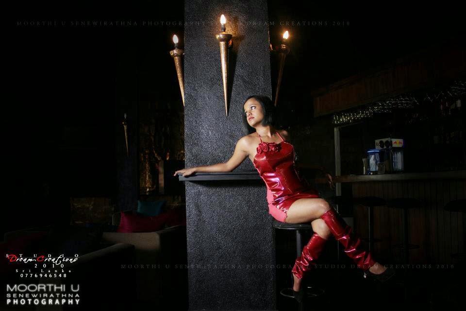 GAYANI BATZ red gala legs
