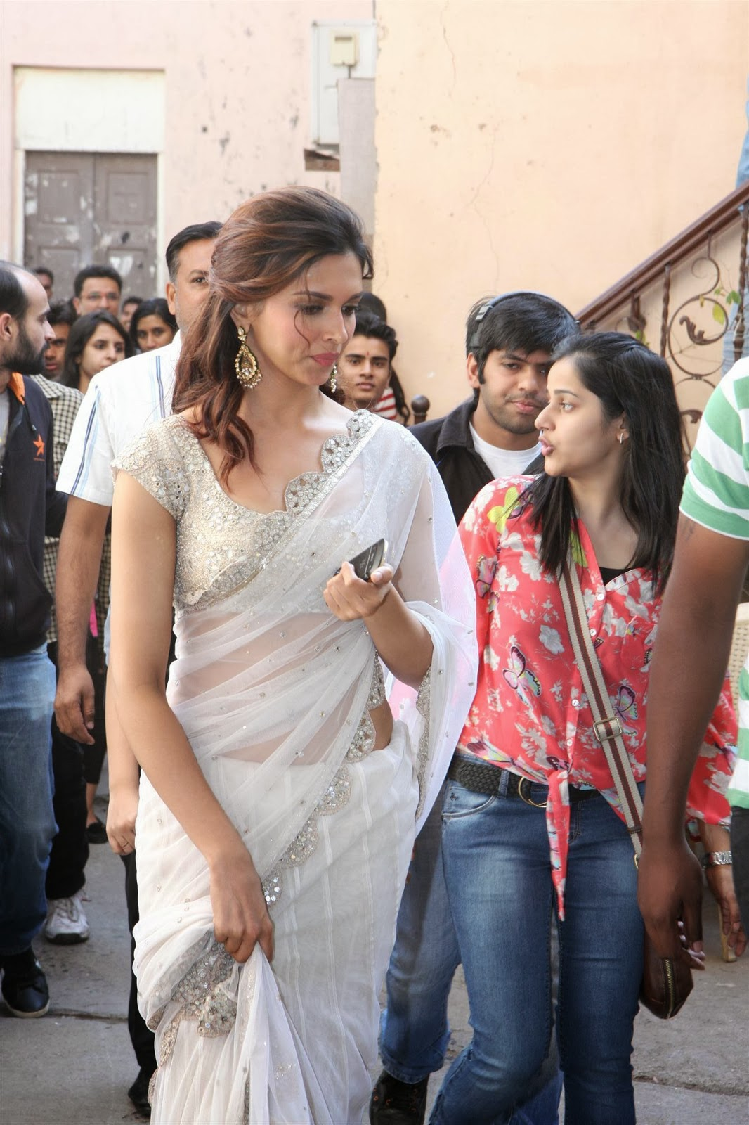hq celebrity pictures: Deepika Padukone high resolution ...
