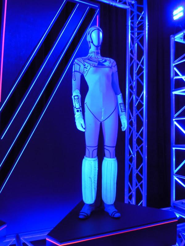 Yuri Tron costume