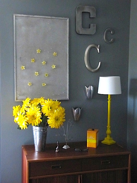 Sew many ways courtney 39 s room spray painting ideas for Painted cork board ideas