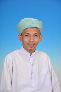 Muhammad Fazilul Helmi Bin Raidzan ( HELMI AS SYAFIE)