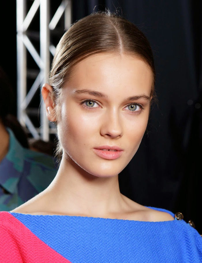 Peinados Con Partido Enmedio - Manual de uso la raya en medio Vogue