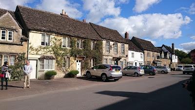 Lacock Village © Regencyhistory.net