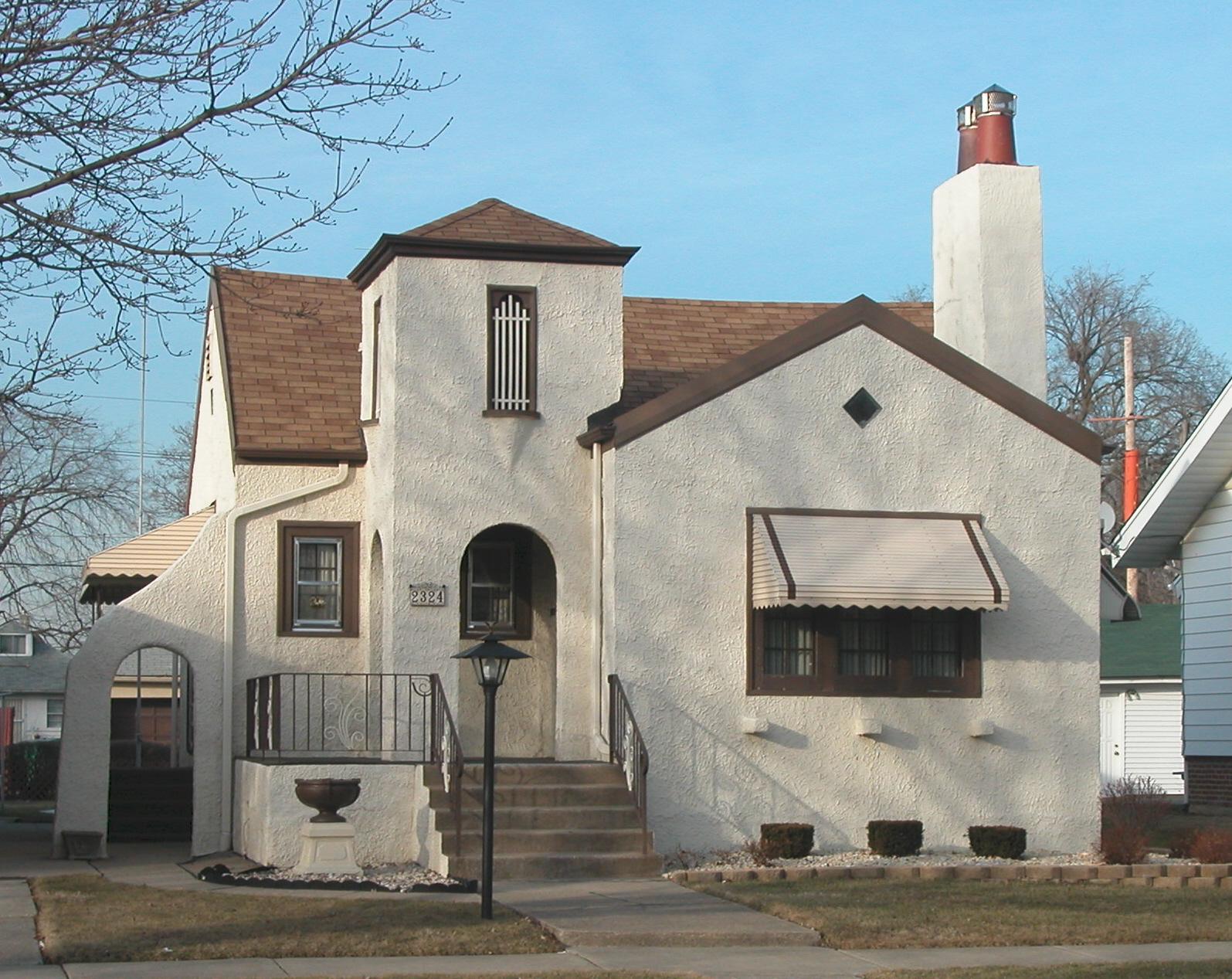 A Sears House With Southwestern Flair