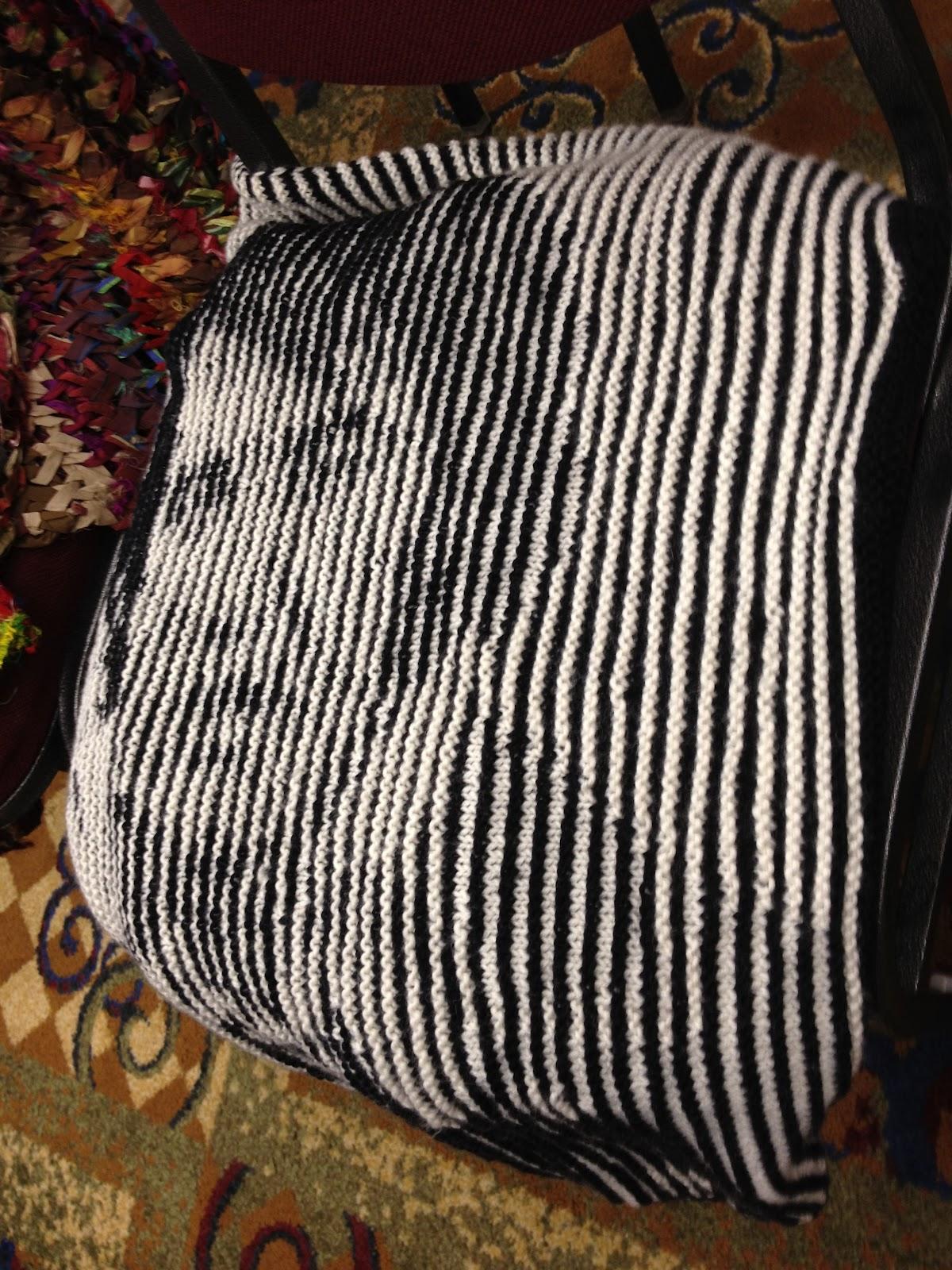Knitting Pattern For Elvis Jumper : knitsarina: Knitting Camp 2012