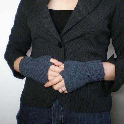 dark grey gothic fingerless gloves wrist warmers arm warmers