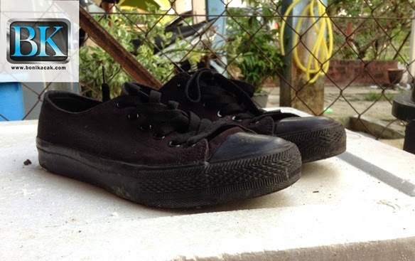 kasut, kasut futsal terbaik, kasut futsal murah, kasut futsal menarik, kasut futsal yang murah,