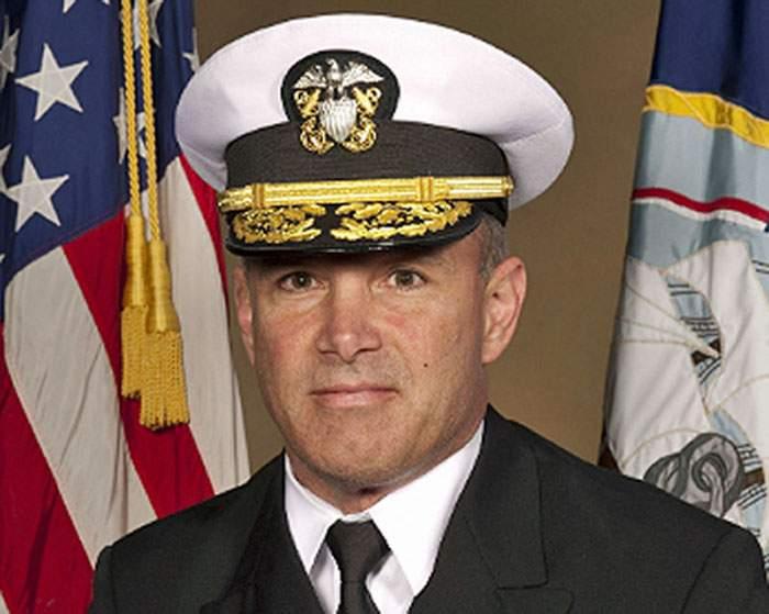 Syneeda Penland: Navy Cmdr. Steven Everhart, blue crew