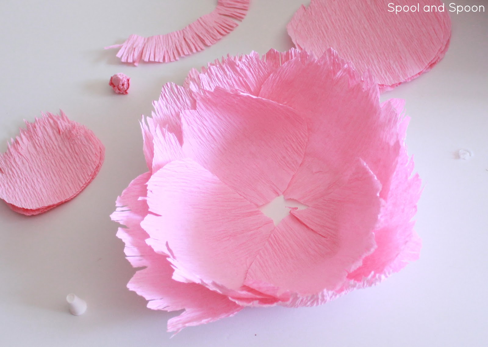 Spool And Spoon Paper Flower Gift Topper Tutorial