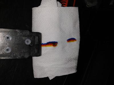 Проверьте уровень чернил с помощью салфетки