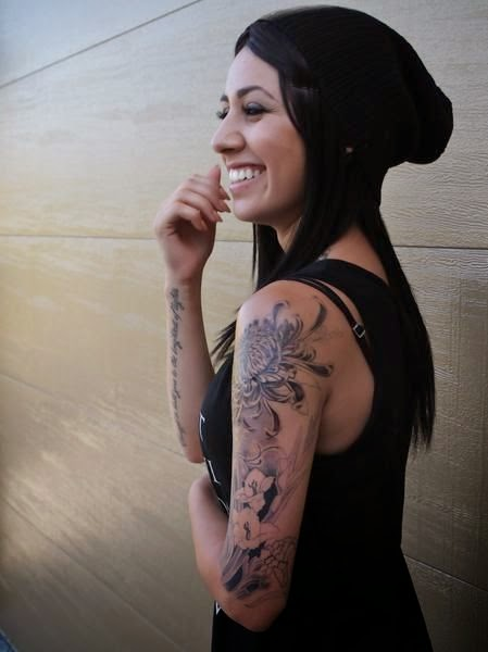 Inked Girls :: Tattooed Girls