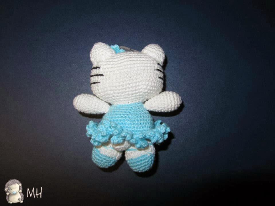 MADRES HIPERACTIVAS: Amigurumi Hello Kitty Bailarina
