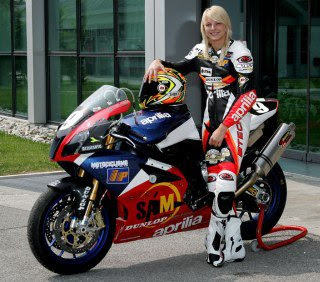 stunt female rider motor-2012