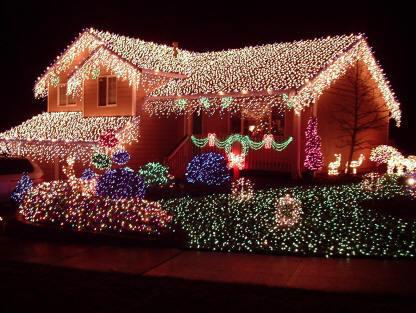 Rooftop Christmas Decorations : : Christmas Lights images, Christmas light decorations, Christmas ...