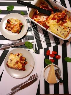 http://www.gitmallina.pl/2015/01/cannelloni-ze-szpinakiem.html