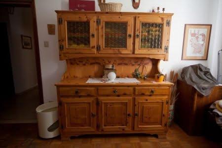 Annunci bolzano arredamento per taverna tirolese in legno for Arredamento bolzano