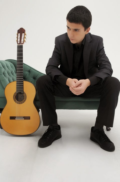 Ealing Guitar Society: Pavel Ralev