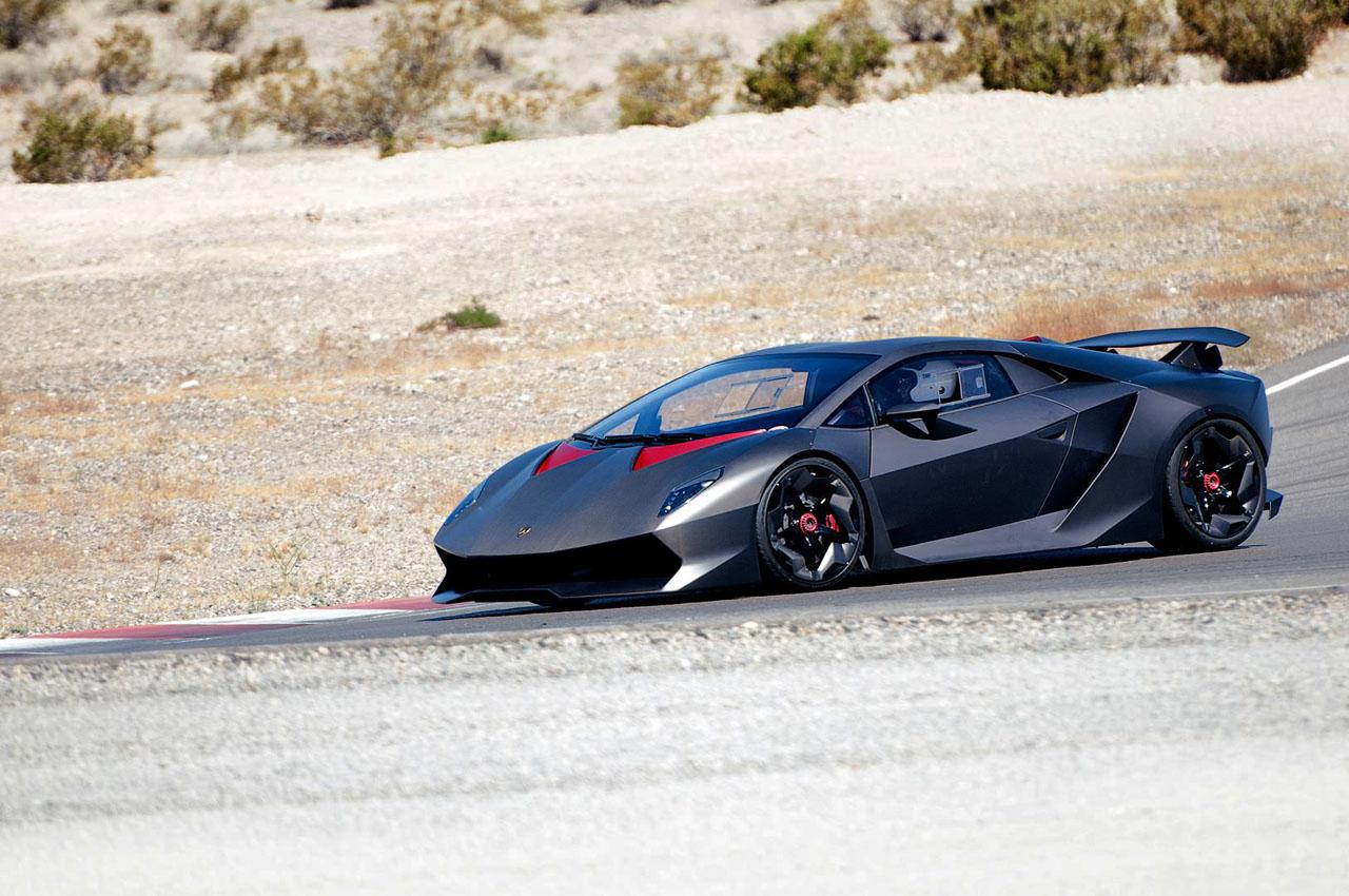 Lamborghini Sesto Elemento On Track In Las Vegas