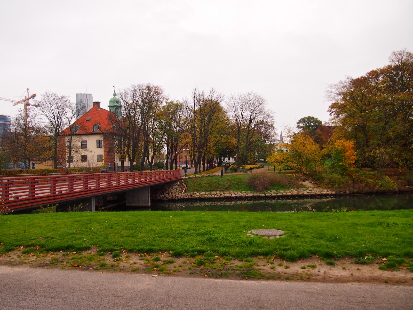 a bridge to the Kings Park in Malmo