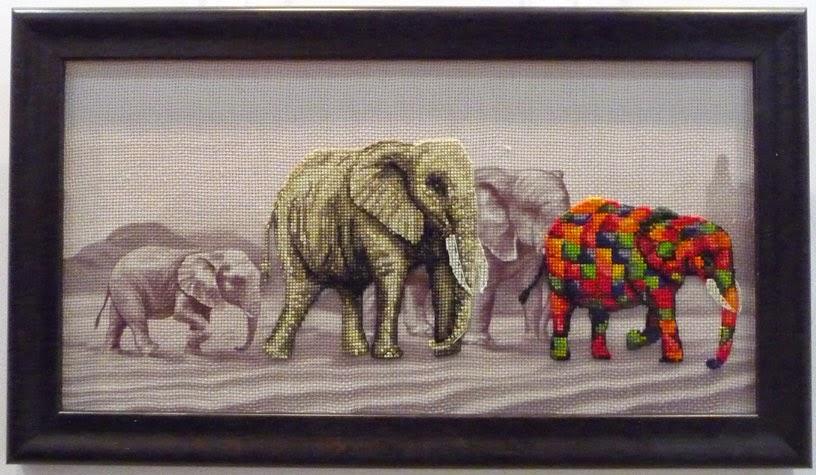 Nova Sloboda, Прогулка слонов