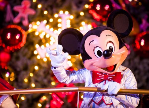Jedi mouseketeer it s a joyeux noel at disneyland paris - Joyeux noel disney ...