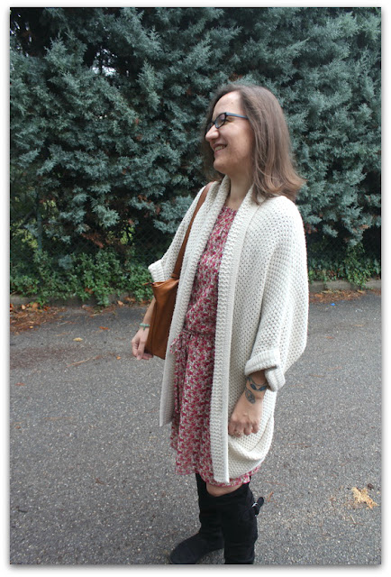 OOTD Fashion Blogger French Curves Robe Esprit Gilet Kimono New Look Inspire Bottes et sac Etam Bijoux Mango Eff Your Beauty Standards Celebrate My Size