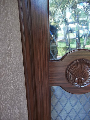 wood grain painted on door