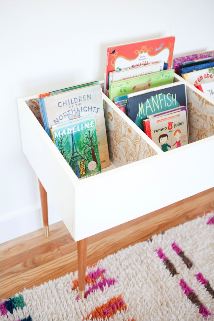 mamasVIB | V. I. BOOKCLUB: Clever ways to store kids books for tiny bedrooms, kids books, books shelves for kids, homify, kids book storage, tiny bedroom storage, kids book club, book shelves for kids, shelves, corner shelves, this little street, pinterest kids book shelves