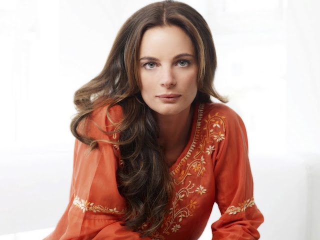 Gabrielle Anwar - Wallpapers Gallery