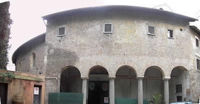 """Celio - santo Stefano rotondo 1792st"". Licensed under Public Domain via Wikimedia Commons - https://commons.wikimedia.org/wiki/File:Celio_-_santo_Stefano_rotondo_1792st.JPG#/media/File:Celio_-_santo_Stefano_rotondo_1792st.JPG"