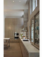 Making Comfortable Kitchen within Modern Atmosphere