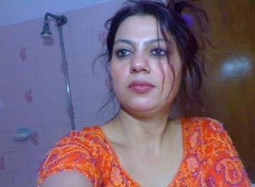 Pakistani 30 Years Old Aunty Sara Having Webcam Chat With Boyfriend Click here to download the Homemade Bikini Contest registration form ...