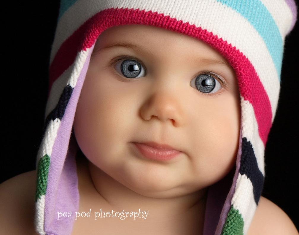 Cute black newborn babies girls photo