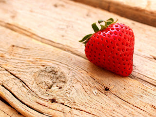 Strawberry on Wood Surface Stock HD Wallpaper