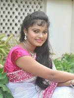 Naveena Jackson latest Glam pics-cover-photo