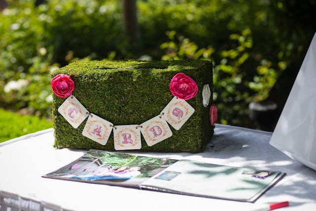 Disneyland Wedding - Moss Card Box