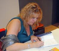 Presentación de mi libro: Soledad no elegida, sentimientos desconocidos