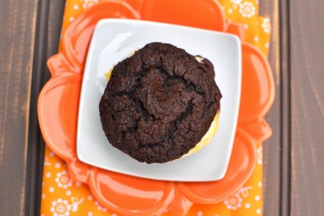 Halloween Whoopie Pies (Eggless Recipe)