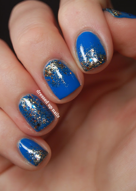 Shimmer Carol and China Glaze Hanging in the Balance glitter gradient easy nail art