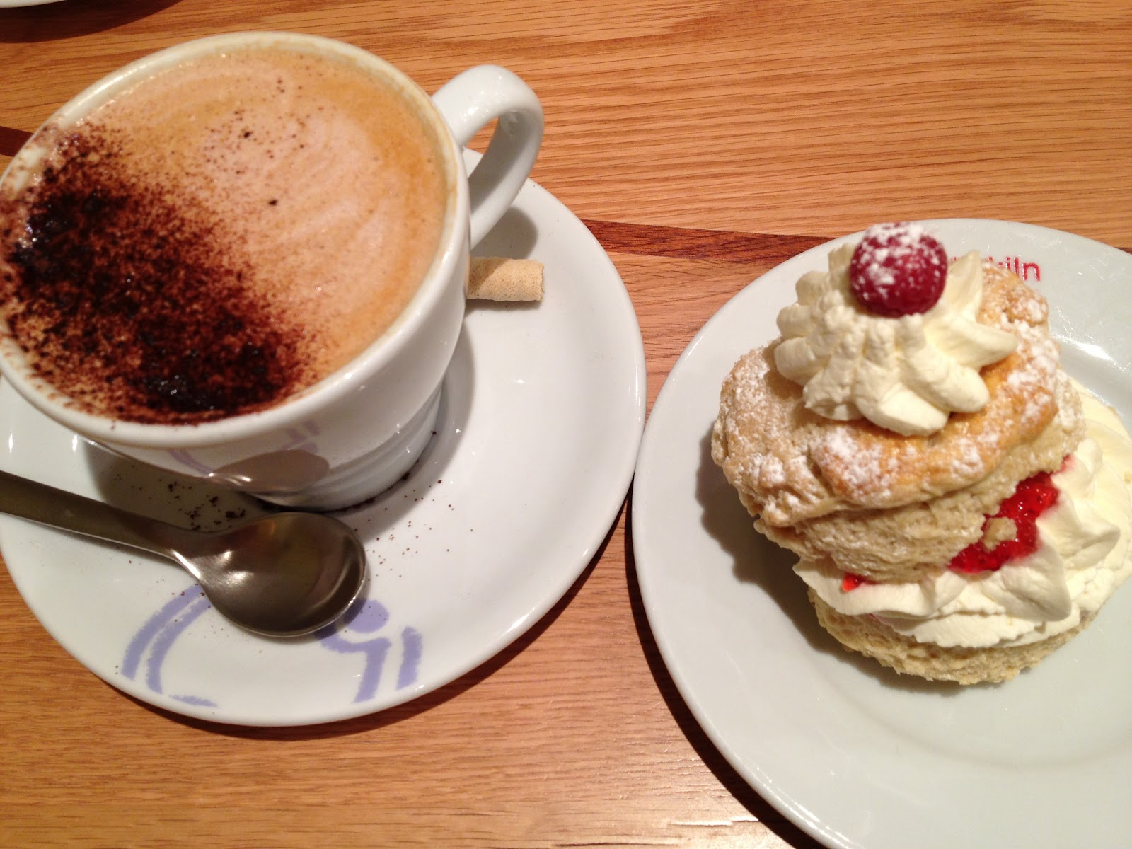 big cup of Mocha, cream scone and banoffee pie!