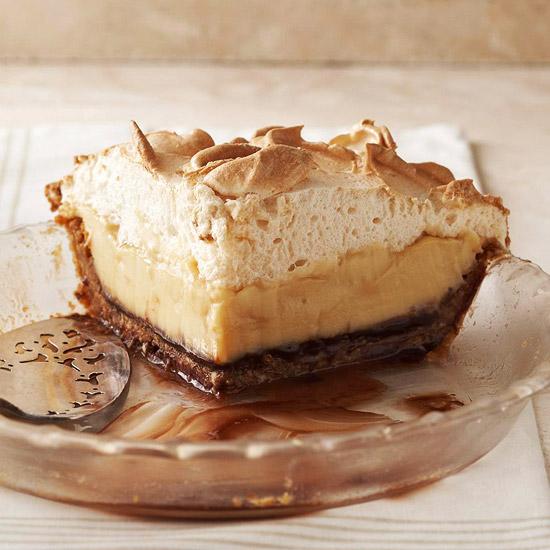 brown bottom butterscotch cashew cream pie