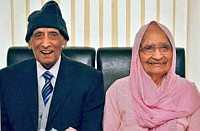 Punjabi couple celebrate 90th wedding anniversary in UK